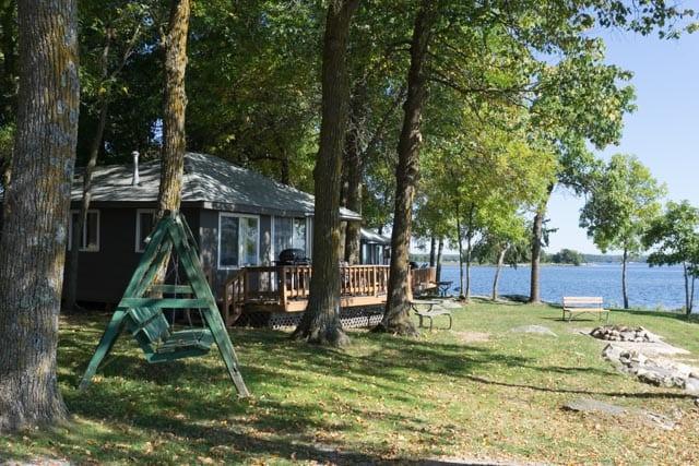 Resort cabin near lake.